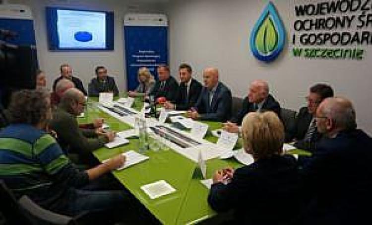 Podpisanie umów pomiędzy WFOŚiGW w Szczecinie a spółdzielniami mieszkaniowymi