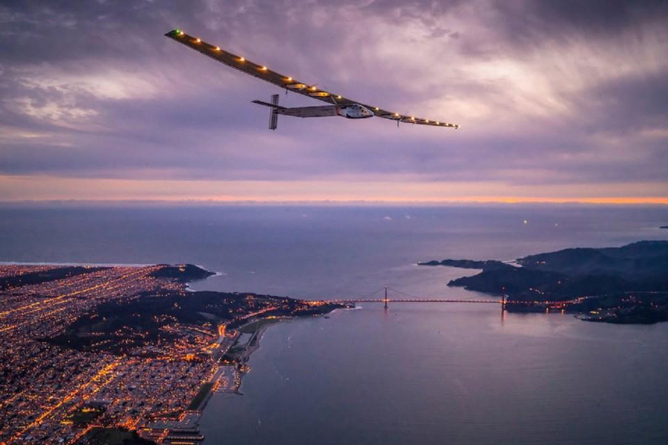 samolot Solar Impulse