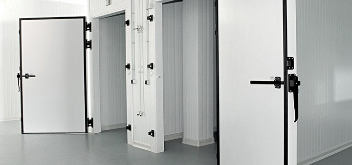Why to use a PVC cold-room door is a smart choice for cold storages?