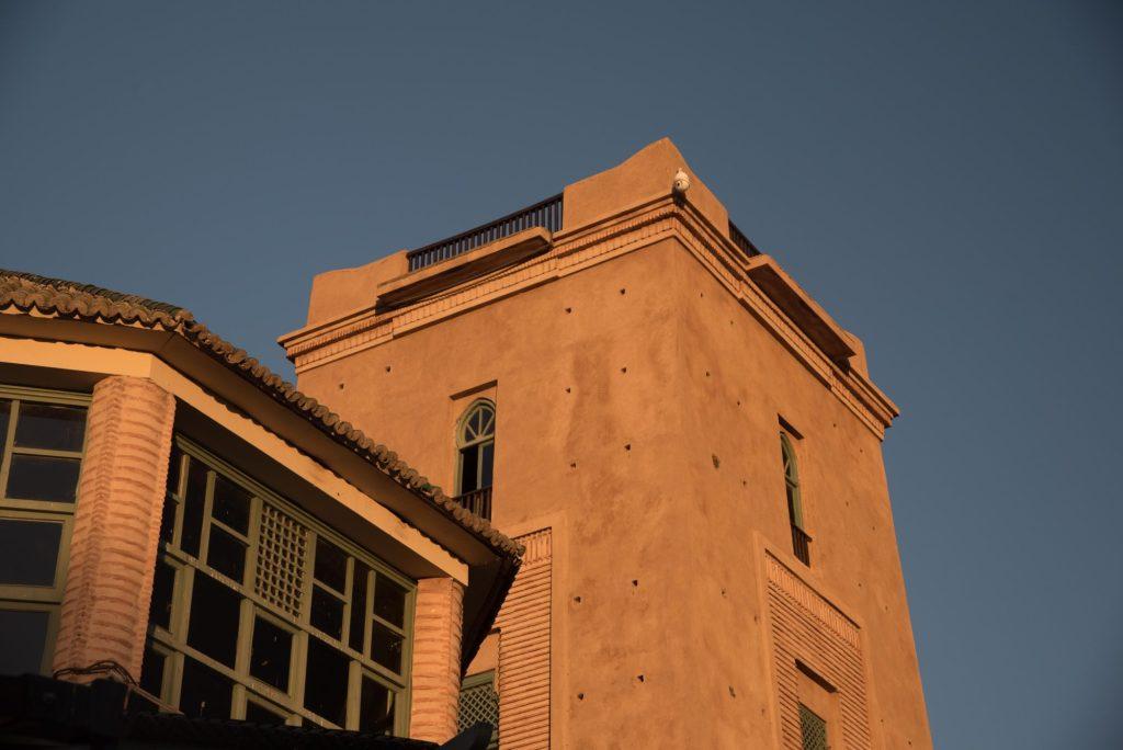 Tour d'observation sur les installations du club sur Marrakech et l'Atlas