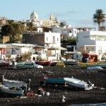Village de Stromboli vu de la plage