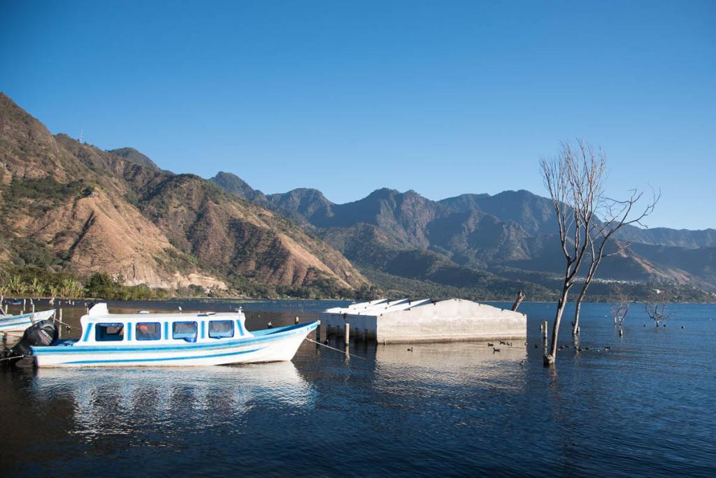 Guatemala - San Juan de la Laguna - bâtiments inondés