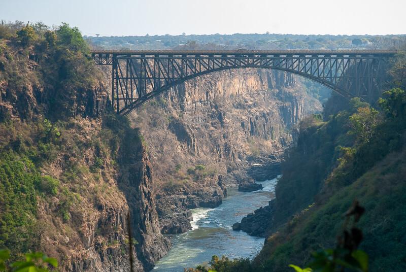 Afrique australe - Zambie, pont sur le Zambèze entre Zambie et Zimbabwe