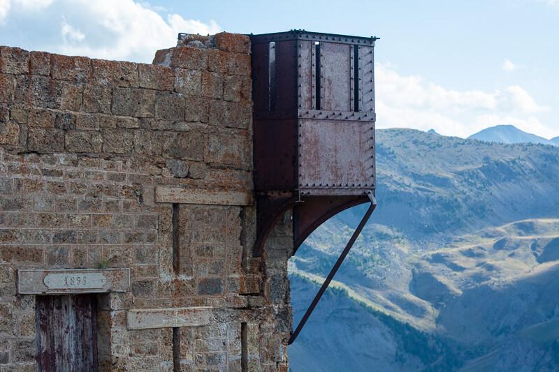 Mercantour, col de la Bonette, fortin ouest du camp des Fourches