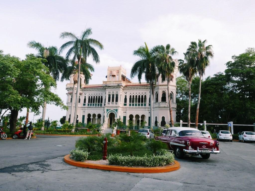 budget Cuba