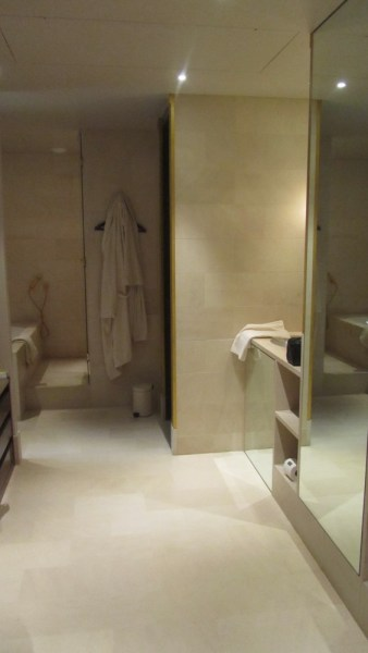 Park Hyatt Paris Vendome Executive Suite Master Bath Longshot