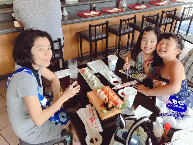 Mid-day snacking on fresh sushi!