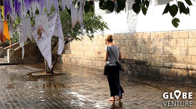 Praktisches Outfit für Tempelbesichtigungen -langer Rock und Tshirt