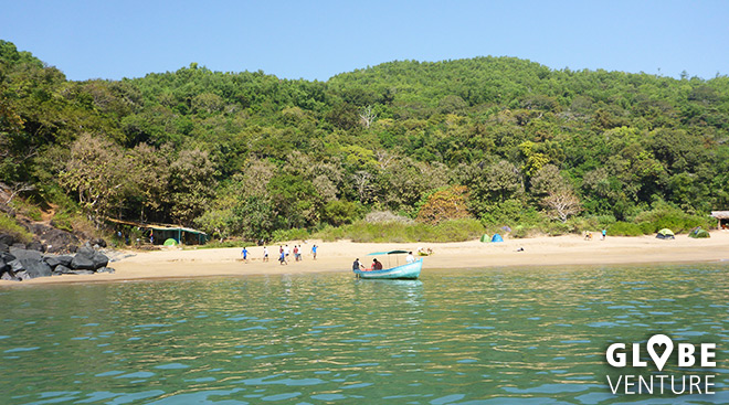 Gokarna - Halfmoon Beach