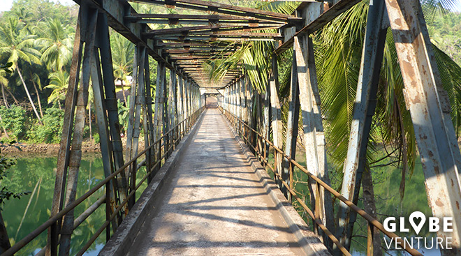 Brücke in der Nähe vom Galgibag Beach