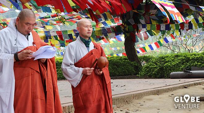 Mönche Bodhi Baum Lumbini - Gebetsfahnen