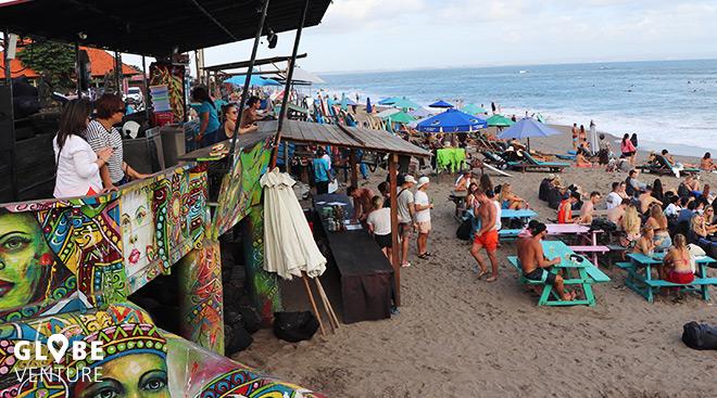 Batu Bolong Beach