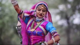 Indian-women-dance