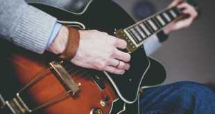 how to start learning guitar