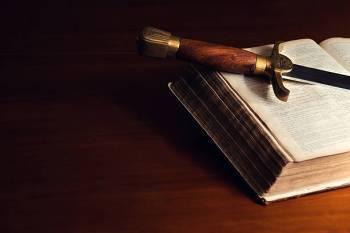 Página De Significados Das Cartas De Tarô Das Espadas