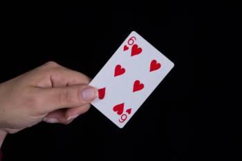 Qual é o significado da carta do Tarô Seis de Copas?