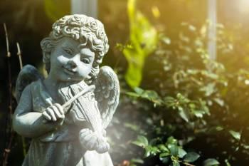 Anjo número 0990 e seu significado e simbolismo