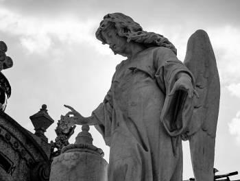 Anjo número 33 e seu significado e simbolismo