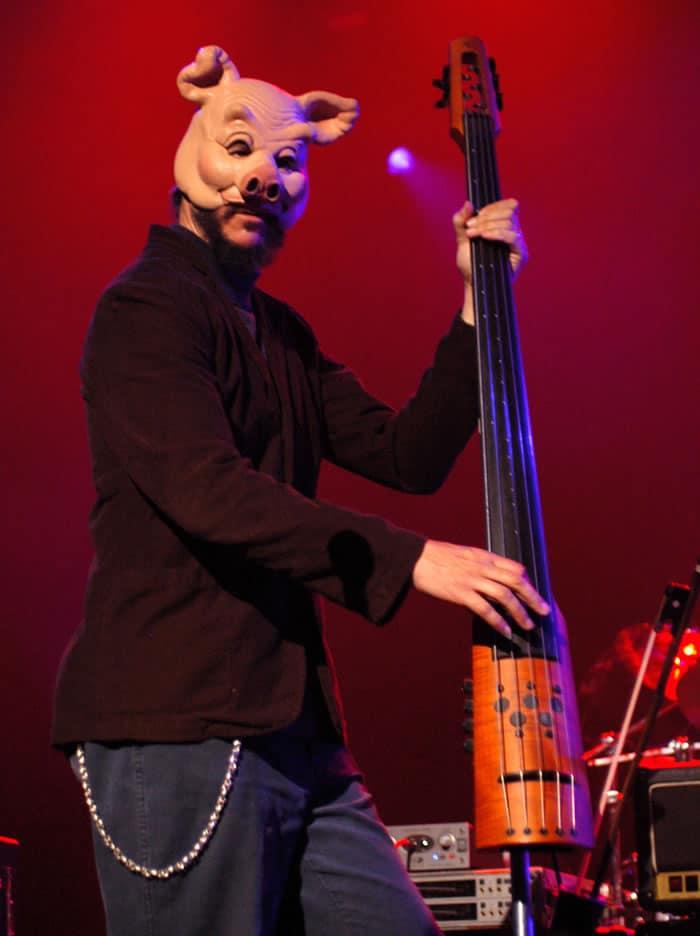 Les Claypool bassiste virtuose