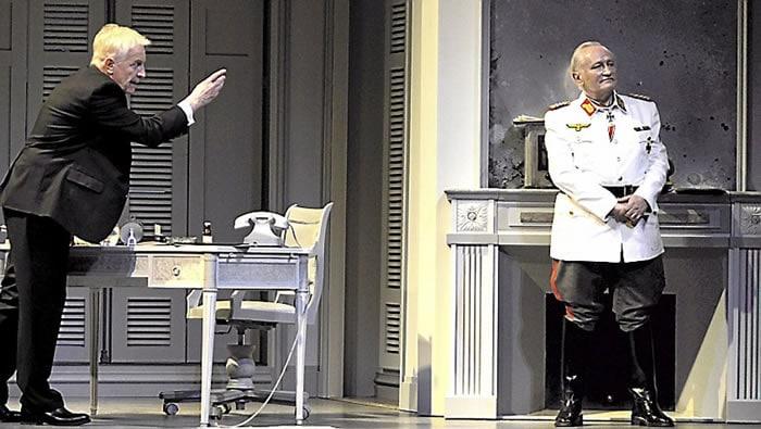 Diplomatie au théâtre