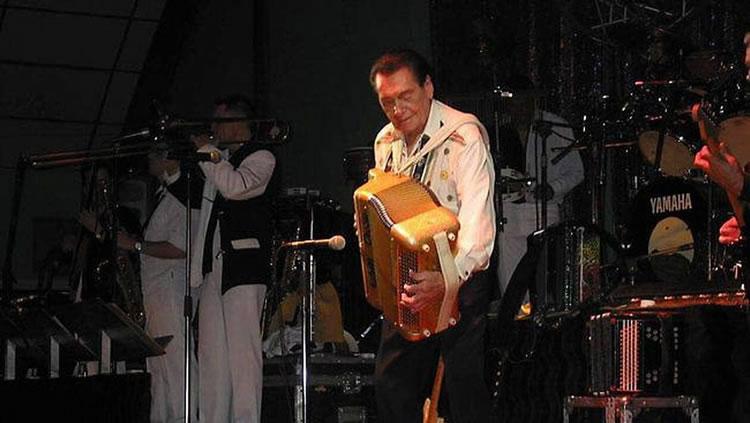 André Verchuren à l'accordéon