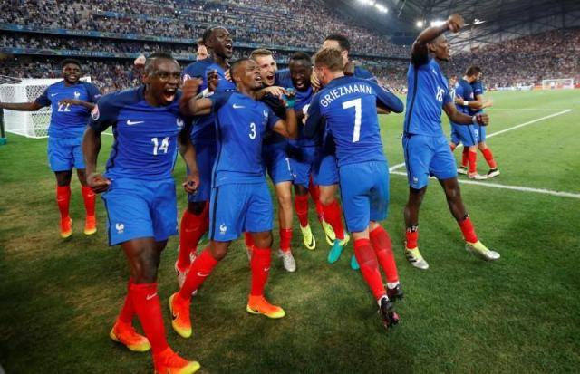 Football Soccer - Germany v France - EURO 2016 - Semi Final - Stade Velodrome, Marseille, France - 7/7/16 France players celebrate at the end of the match  REUTERS/Darren Staples Livepic