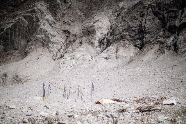 rebuilding-in-nepals-langtang-valley2