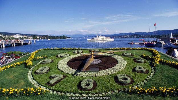 A decorative flower clock in Zurich, Switzerland (Credit: Carpe Diem - Switzerland/Alamy)