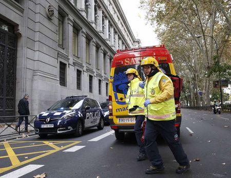 © Reuters. Dos heridos graves en un accidente laboral en el Banco de España