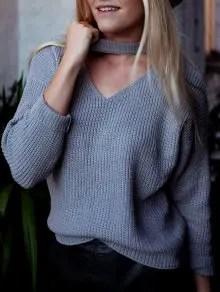 Zaful V Neck Ribbed Choker Sweater - Gray $19.99