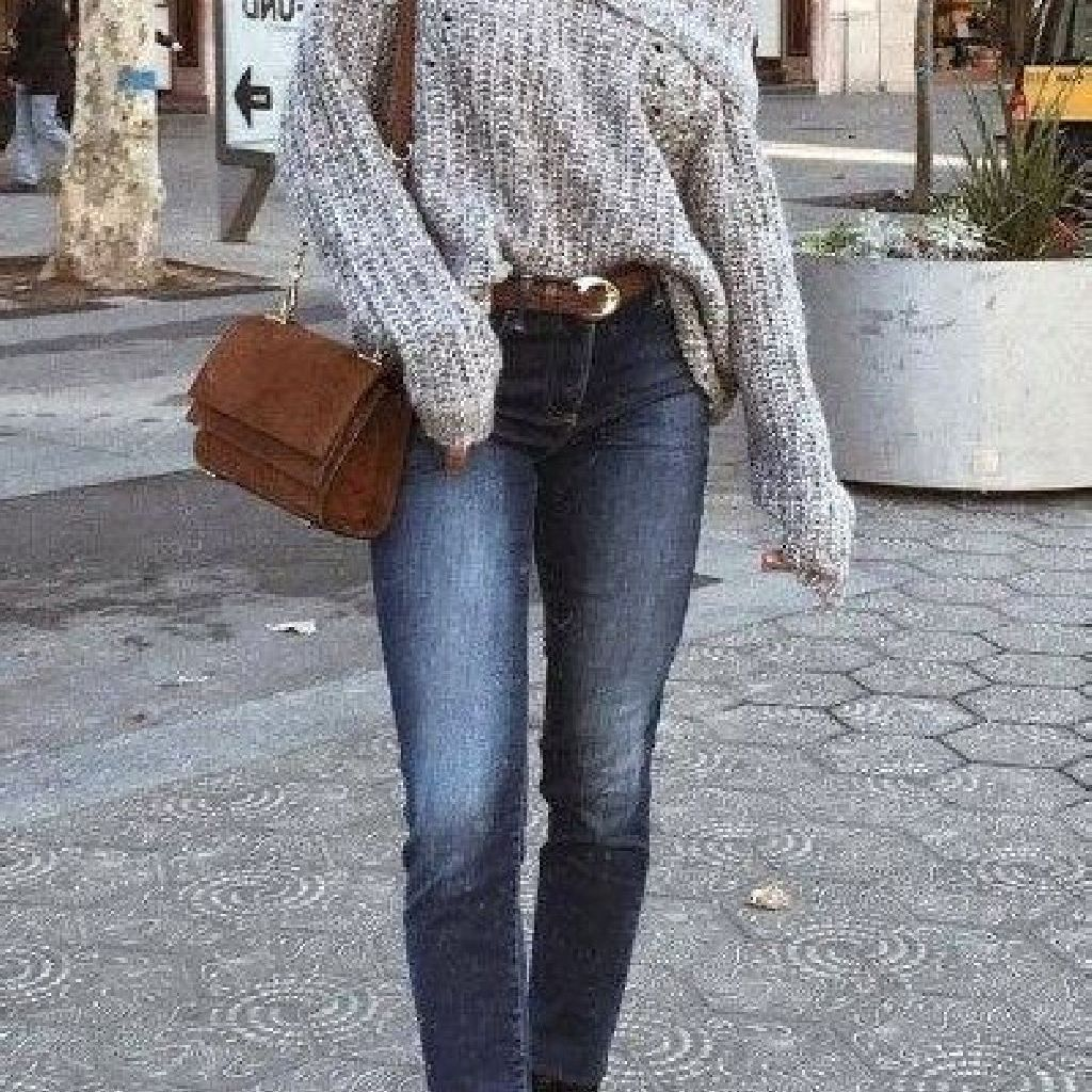 Chic Sweater Combination Ideas Suitable For Fall And Winter 23