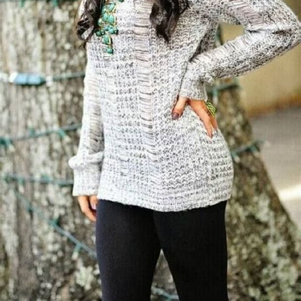 Chic Sweater Combination Ideas Suitable For Fall And Winter 41