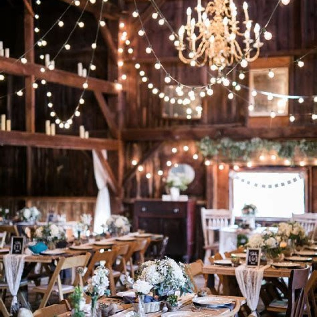 Romantic Rustic Wedding Decor Ideas 13