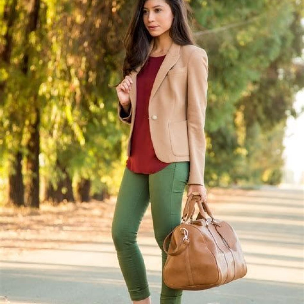 Simple And Comfy Fall Outfits Ideas 23