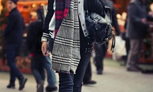 Stunning Fall Outfits Ideas With Scarves 12