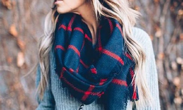 Stunning Fall Outfits Ideas With Scarves 26