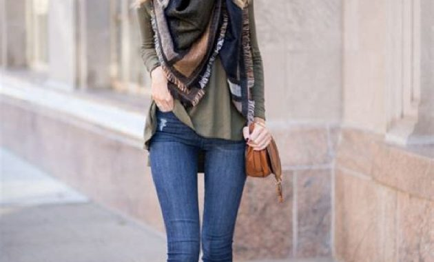 Stunning Fall Outfits Ideas With Scarves 37