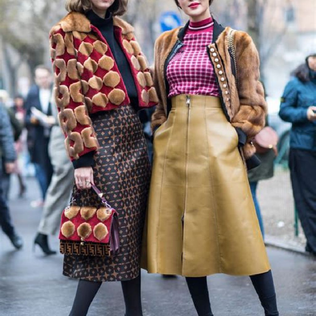 Stunning Fall Street Style Outfits Ideas For Women To Upgrade Your Look 34