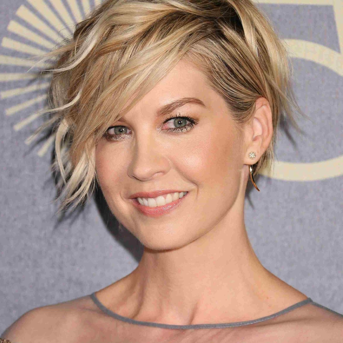 23 Flattering Hairstyles For Oval Faces 30+ Amazing Oval Face Low Maintenance Medium Length Hairstyles