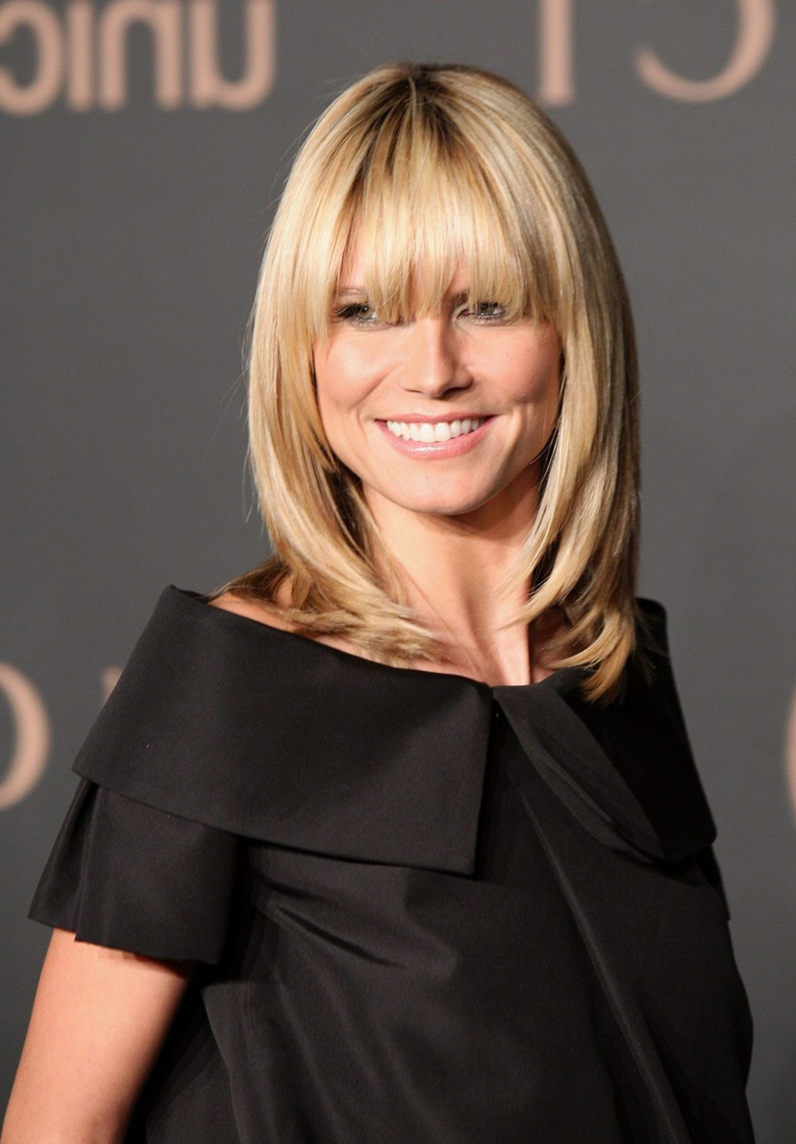 40 Best Hairstyles With Bangs Photos Of Celebrity Haircuts Medium Hairstyles With Fringe Bangs