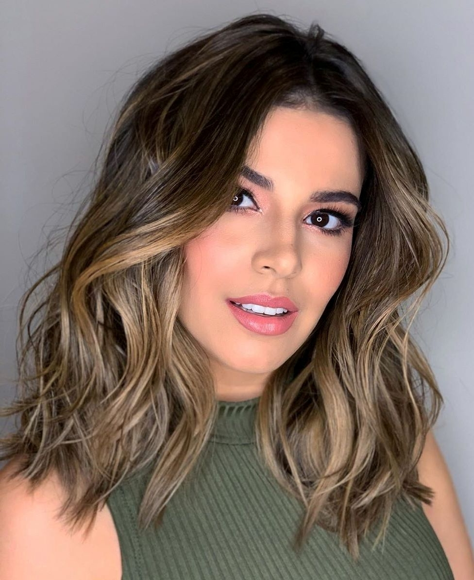 40 Medium Length Hairstyles For Thick Hair ⋆ Palau Oceans 10+ Stylish Low Maintenance Shoulder Length Thick Hair Medium Length Hairstyles