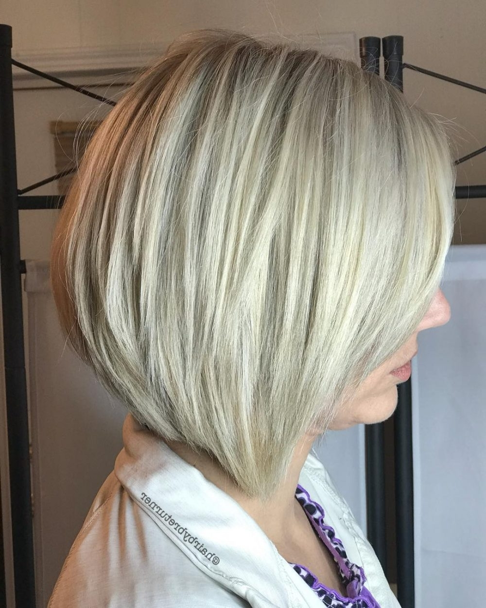 42 Sexiest Short Hairstyles For Women Over 40 In 2021 Medium Length Hairstyles For Over 40S