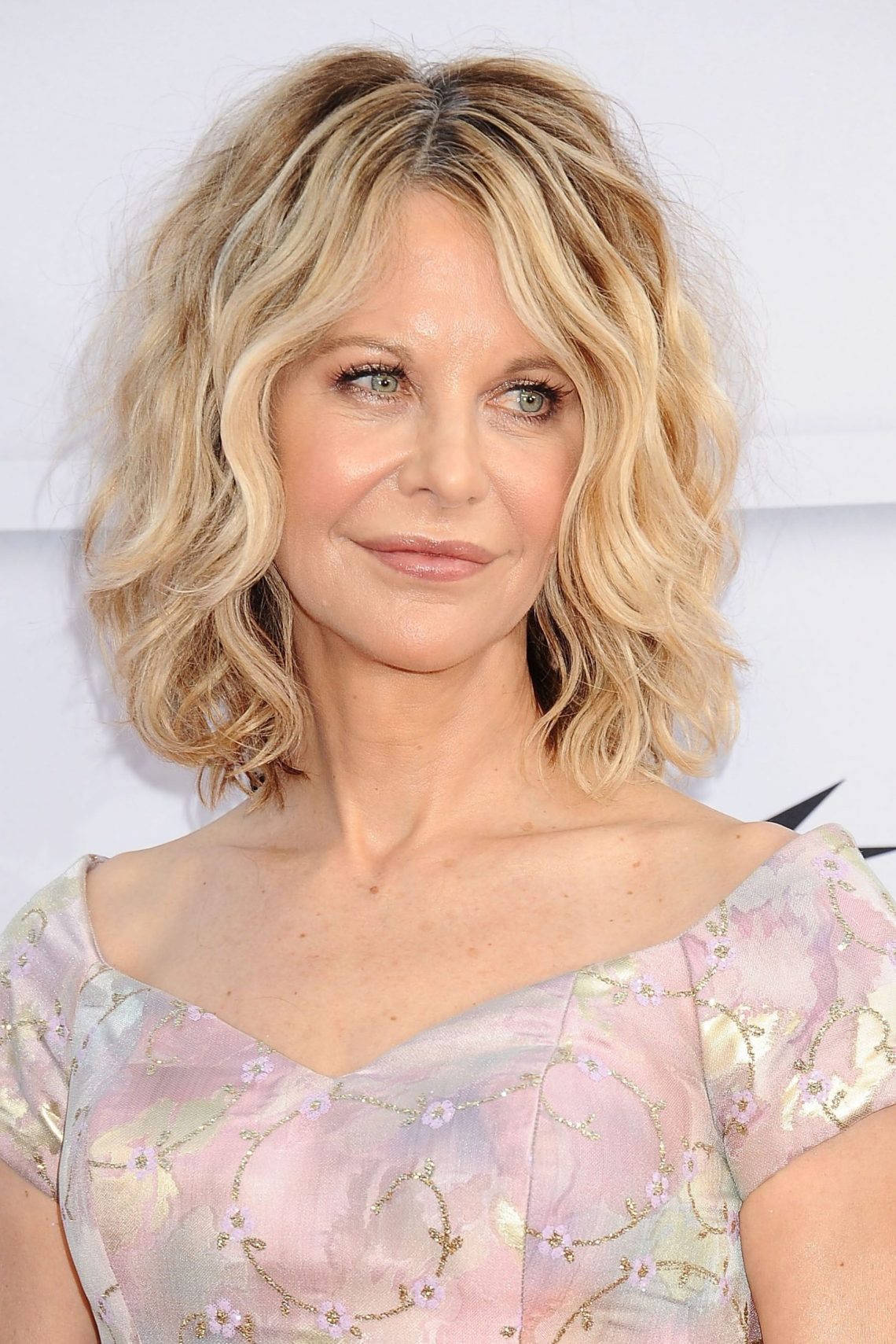 50 Best Hairstyles For Women Over 50 Celebrity Haircuts Medium Length Blonde Hairstyles For Over 50