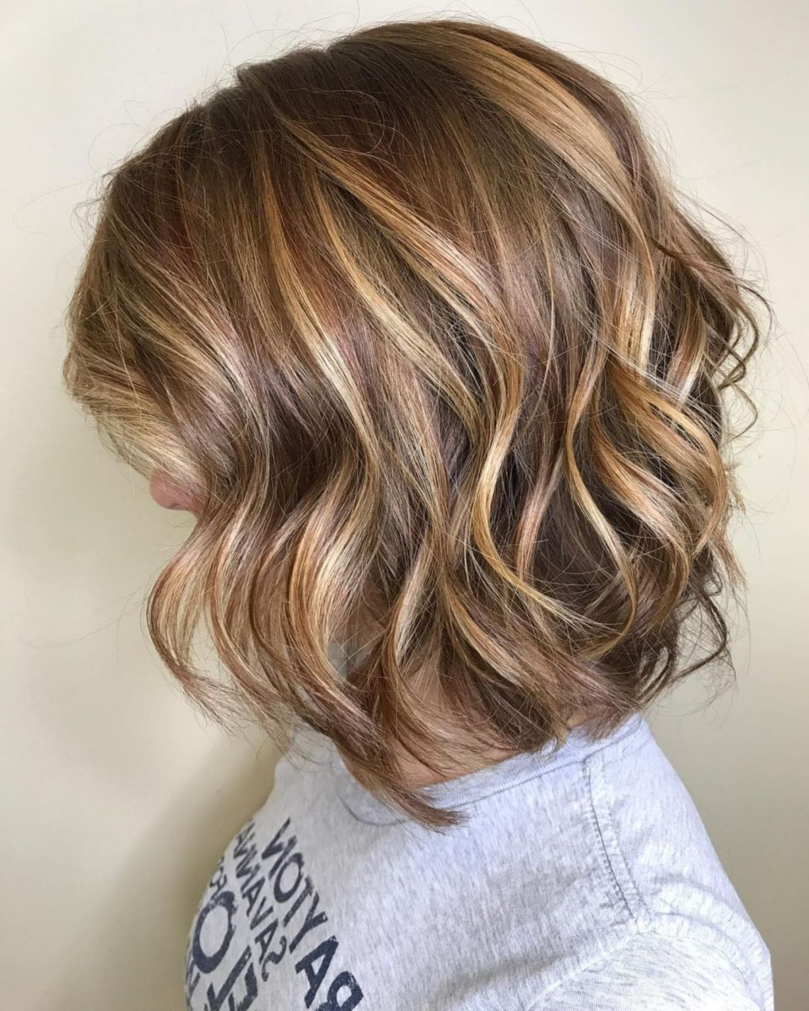 50 Ideas For Light Brown Hair With Highlights And Lowlights 30+ Adorable Medium Length Hairstyles With Lowlights
