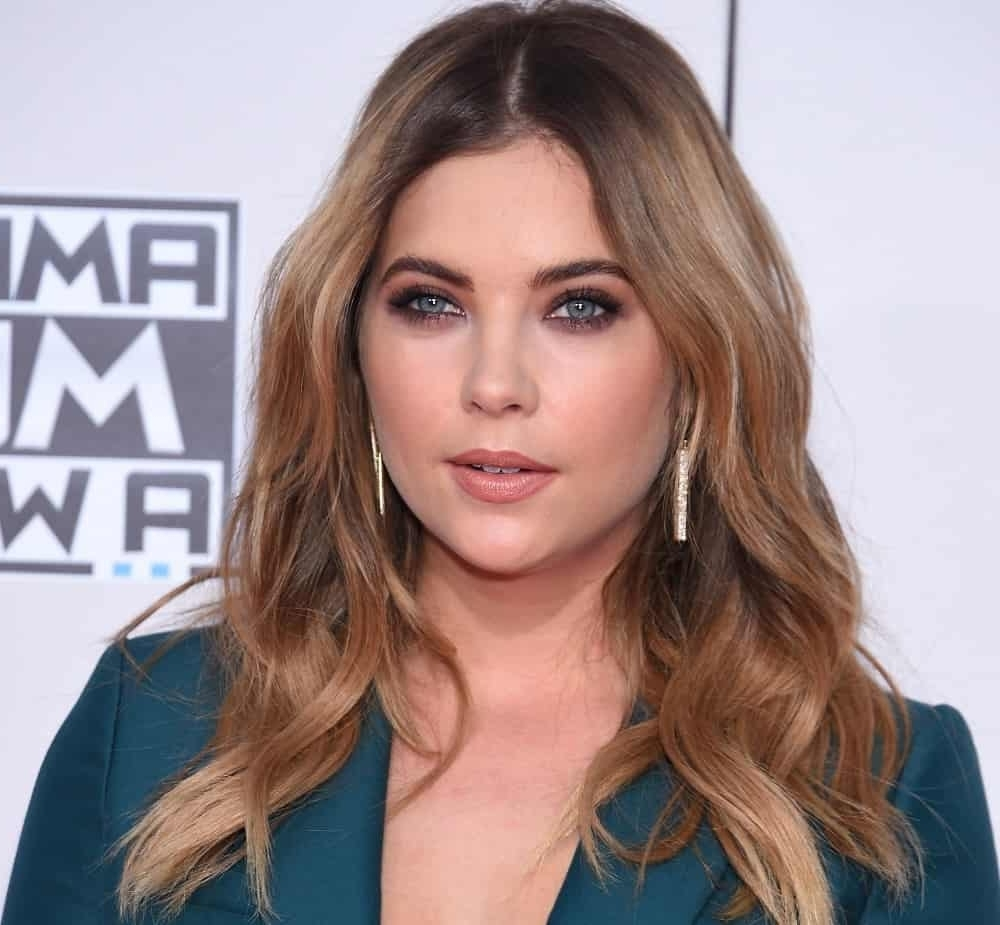 Ashley Benson'S Hairstyles Over The Years 20+ Stylish Brunette Medium Hairstyles 2015