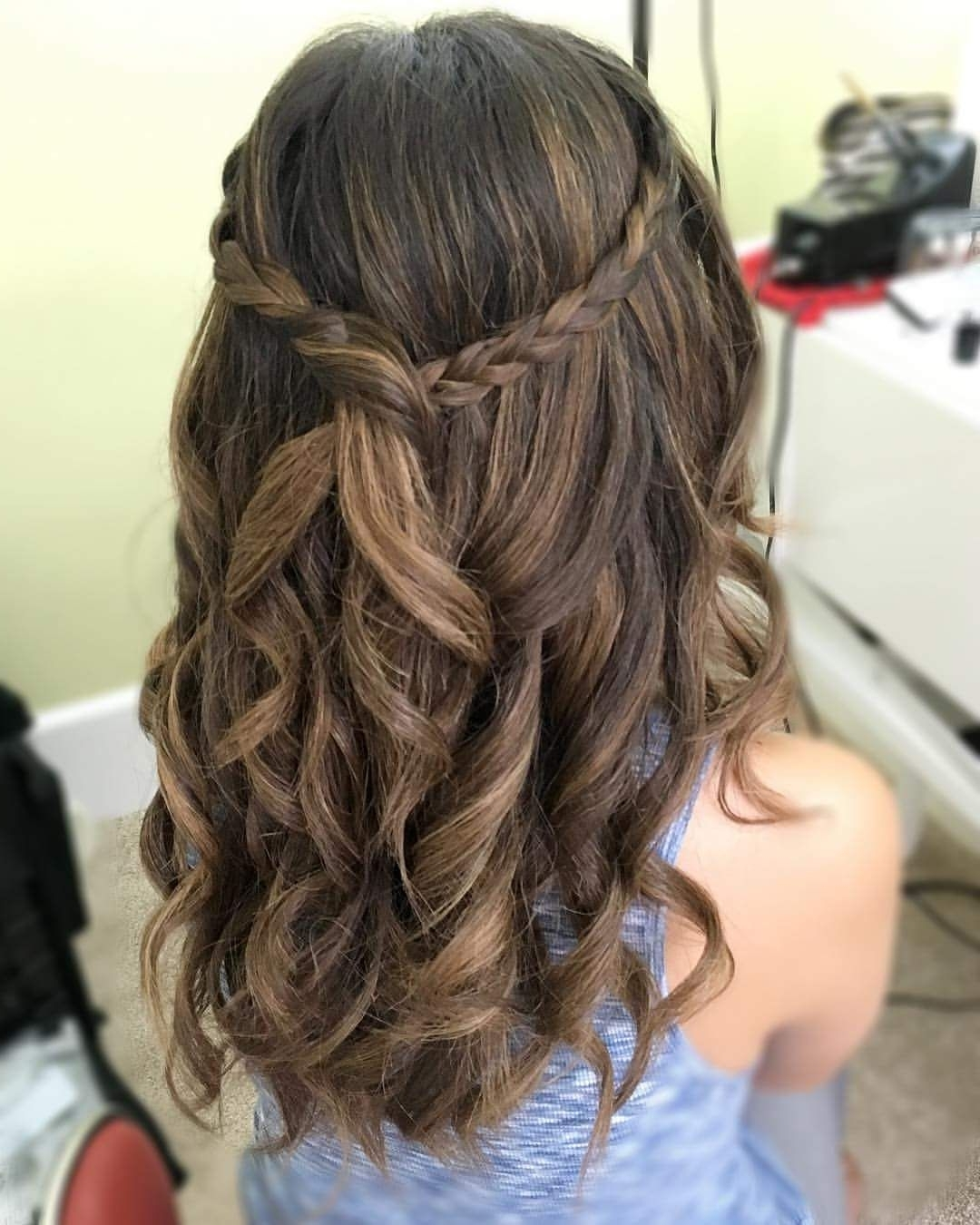 Awesome Graduation Party Hairstyle | Graduation Hairstyles Hairstyles For Medium Length Hair For Graduation