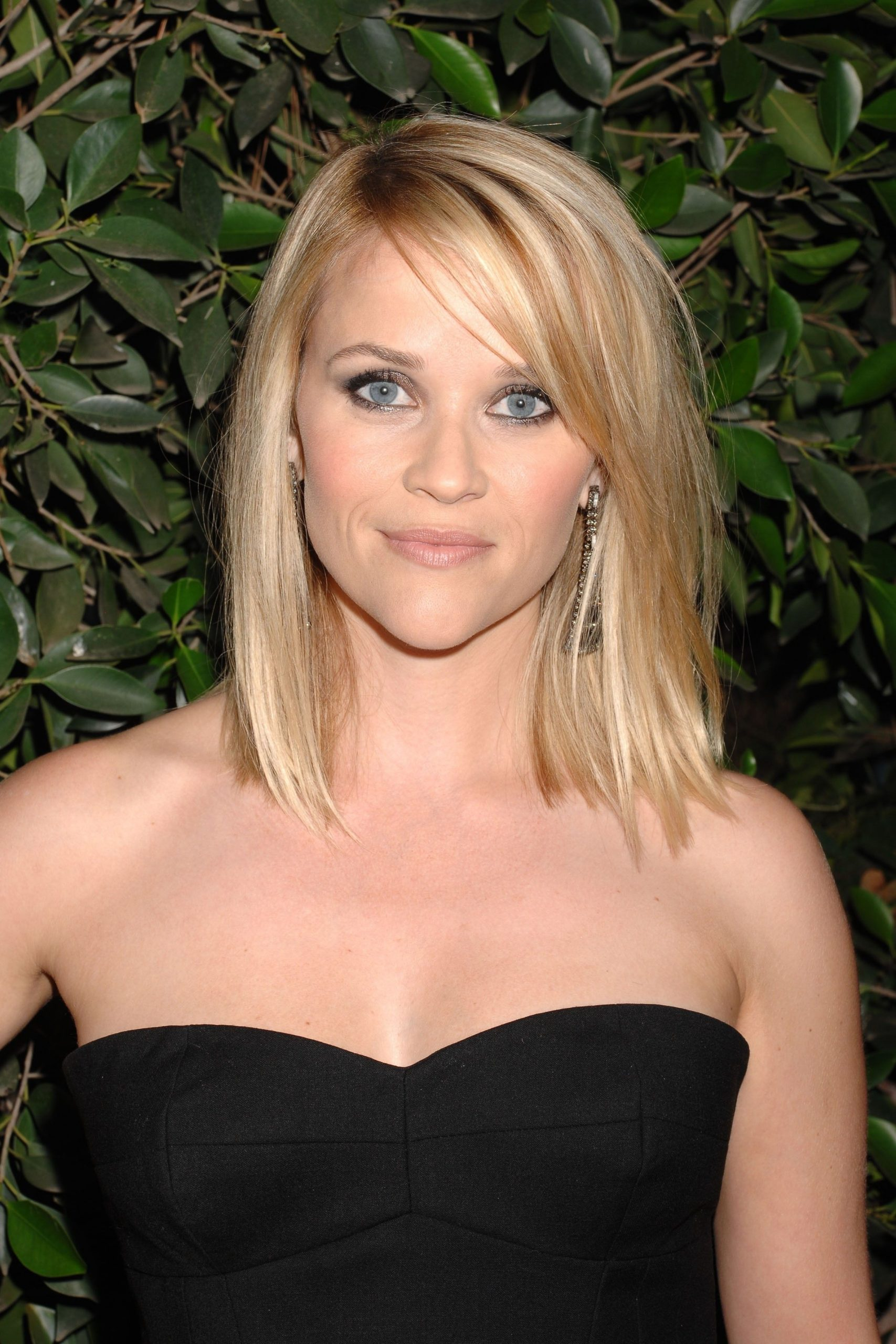 Gift Guides | Hair Styles, Medium Hair Styles, Thin Fine Hair 30+ Amazing Reese Witherspoon Medium Hairstyles