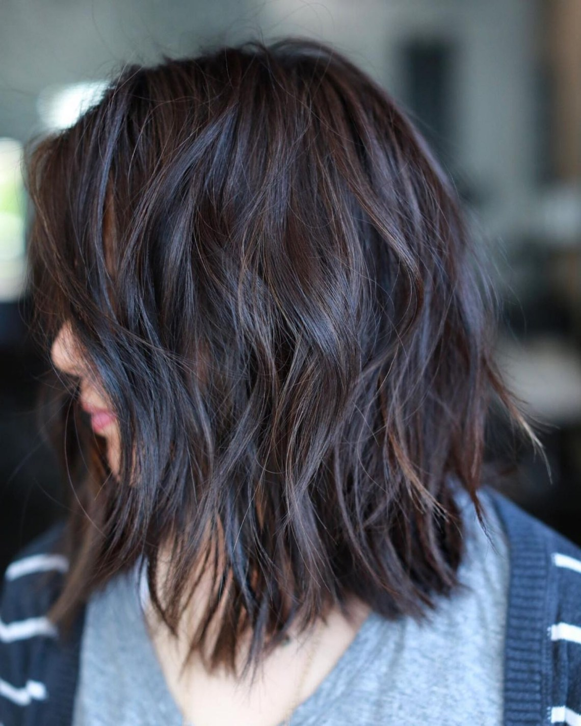 Pin On Hair Things To Do When My Grows Out Medium Length Layered Textured Hairstyles
