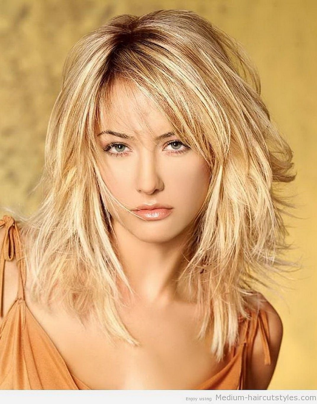 Pin On Perdiness 20+ Awesome Medium Wavy Hairstyles With Side Bangs