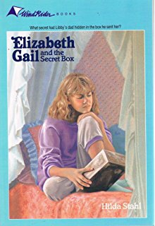 Wholesome books for your 8-10 year-old girl: check out book recommendations for your little girl that are age-appropriate! See my list of recommendations at gloriousmomblog.com including the Elizabeth Gail book series.